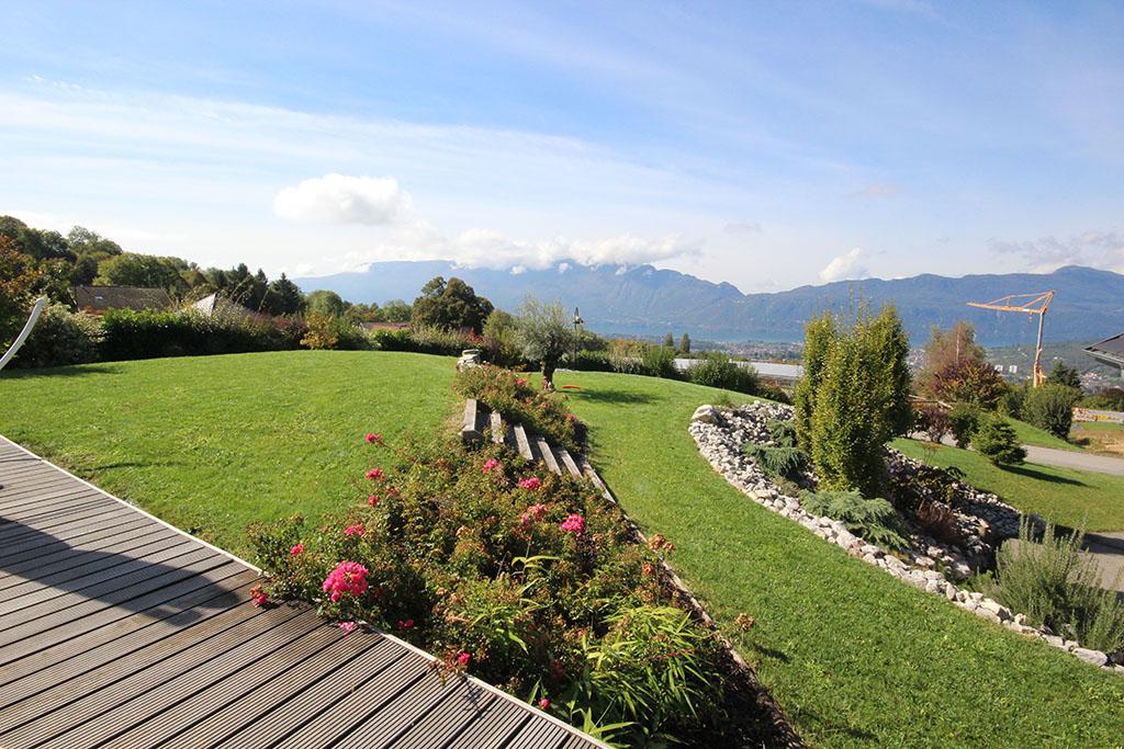 Gonthier espaces verts piscines jardins entretien for Amenagement jardin en pente forte