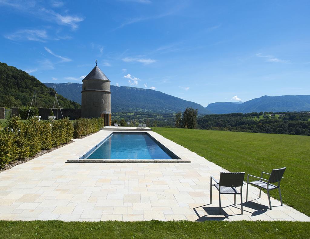 Gonthier espaces verts piscines jardins entretien for Camping aix les bains avec piscine
