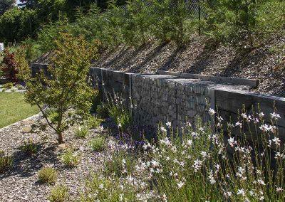 Mur de soutènement poutre chêne
