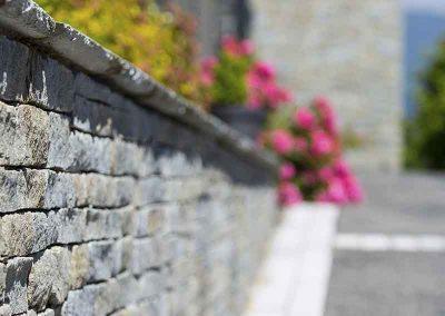 Parement en pierre de Luzerne