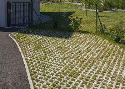 Evergreen ou parking engazonné