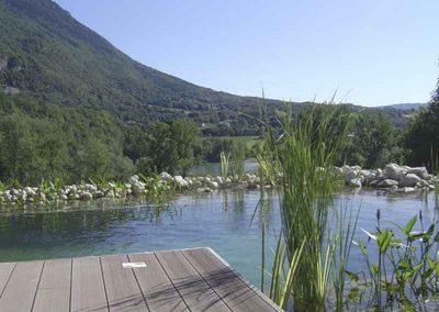 Bassin naturel, platelage bois