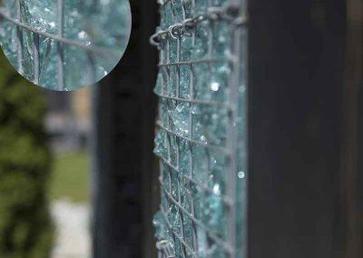Mur en gabion personnalisé en pierre de verre